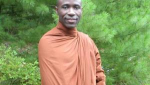 """น่าศรัทธายิ่ง """"พระพุทธรักขิตะ"""" ภิกษุจากยูกันดา ผู้ไม่เคยย่อท้อ เคยศึกษาพุทธศาสนาในประเทศไทย..วันนี้ขอเดินหน้าเผยแผ่พุทธศาสนาในแอฟริกาต่อไป"""