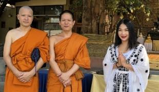 """""""ไฮโซผิง""""ลุยทำหนังเพื่อพุทธศาสนา ชวนคนบันเทิงร่วมบุญบวชสามเณรอินเดีย"""