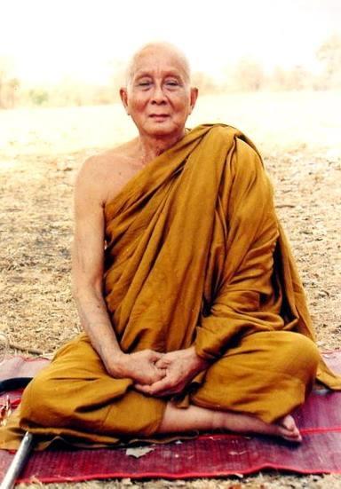http://amnaj-amulet.blogspot.com/p/blog-page_650.html