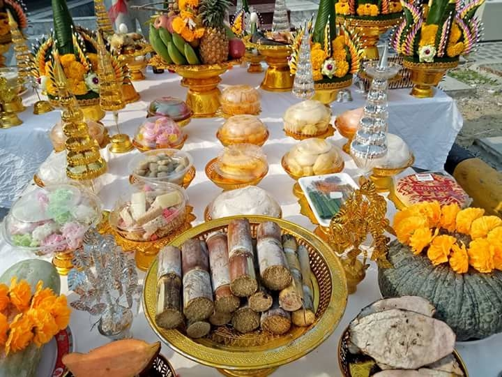 การจัดสรรค์ อาหารอันปราณีต ตามปรัชญาหมายถึงการแสดงถึงใจแห่งผู้บูชาที่ปราณีตสัทธา...