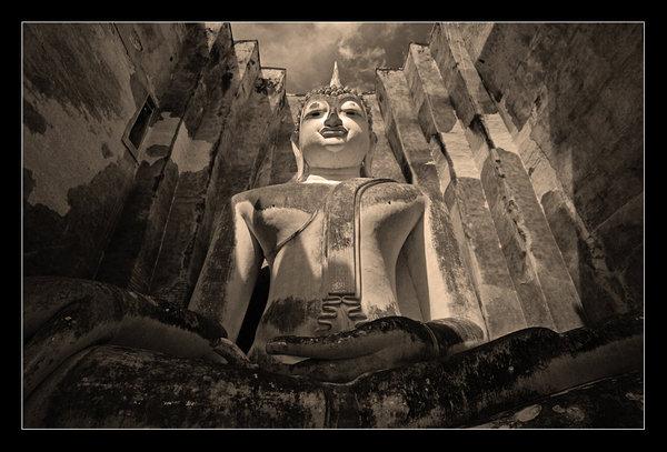 Buddha by lux69aeterna