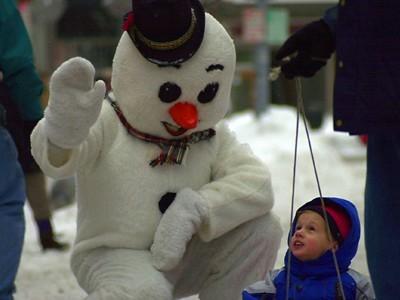stroll 02 snowman