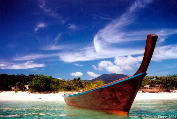 l thai long tail boat