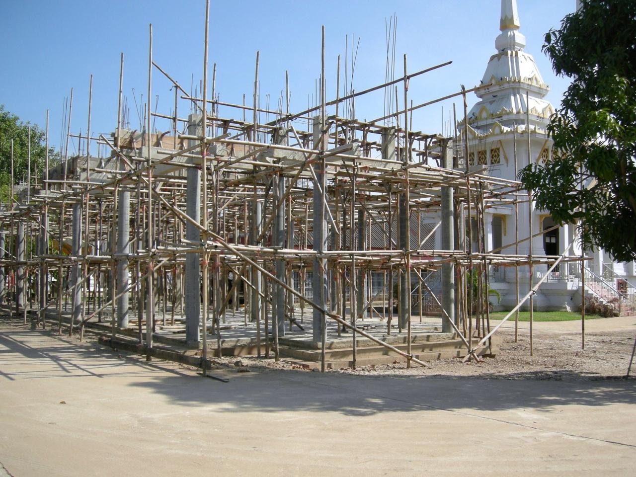 ศาลาการเปรียญที่กำลังก่อสร้าง