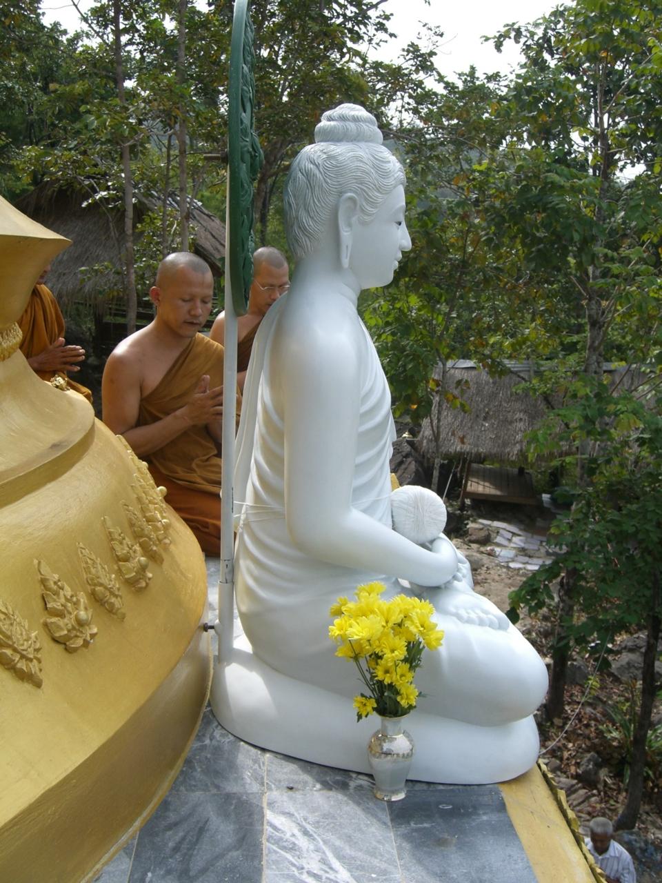 พระพุทธเมตตามหามงคล