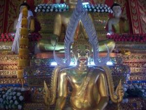 102 1542พระพุทธชินราช ที่วิหารหลวง วัดพระธาตุดอยสะเก็ค อ. ดอยสะเก็ต จ. เชียงใหม่