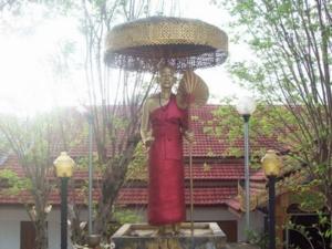 102 0809งานตกแต่งพระครูบาเจ้าศรีวิชัย ที่วัดพระธาตุดอยกู่         บ้านแม่ดอกแดง อ. ดอยสะเก็ต จ.เชียงใหม่