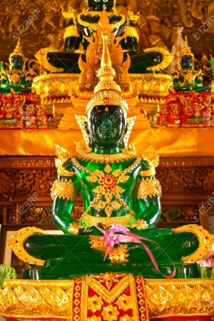 emerald Buddha Thai temple