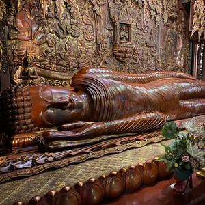 wooden sleeping buddha