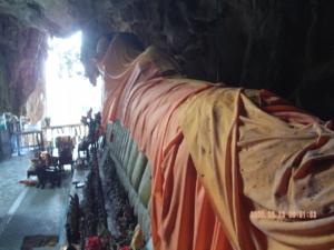 พระนอนวัดถ้ำอิโส