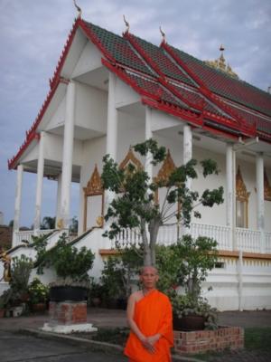 Ven.Asadachanh at temple 03