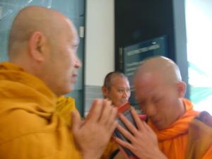Ven.Asadachanh go to Lao 12