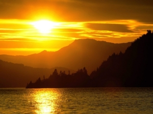 Sunset%20Over%20the%20Columbia%20River,%20Viento%20State%20Park,%20Oregon