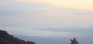 บรรยากาศยามเช้าในเดือนมกราคม 2553 ถ่ายบนลานฮอร์