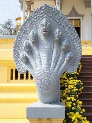 Naga Phnom Pneh 2