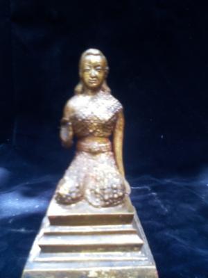 นางกวักโบราณอายุต้นกรุงรัตนโกสิน