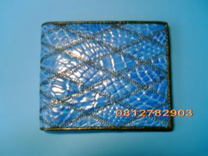 กระเป๋าหนังจระเข้ ซิกแซก สีน้ำเงิน