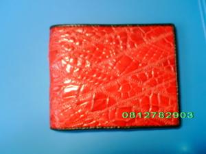 กระเป๋าหนังจระเข้ ซิกแซก สีแดง