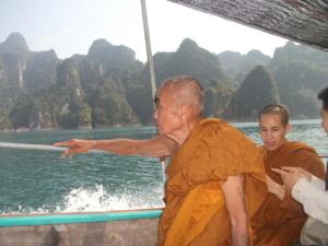 หลวงพ่อธี วิจิตฺตธมฺโม ในวัย 90 ปี