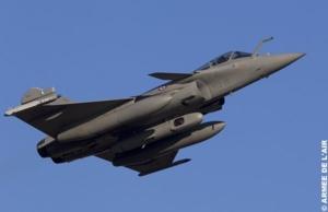decollage d un rafale de l escadron de chasse 1 7 provence equipe du pod reco ng