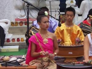 ดนตรีไทย  ที่วัด