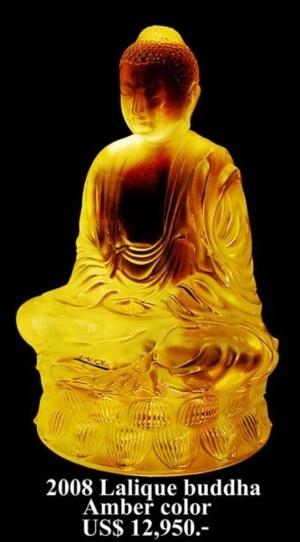 ต่อมาปี พ.ศ. 2551 ( ค.ศ. 2008 ) บริษัท Lalique เป็นบริษัทเครื่องแก้วชั้นนำของโลกอีกแห่งหนึ่งในประเทศฝรั่งเศสได้สร้างพระแก้วที่มีขนาดใหญ่ที่สุดในโลกเท่