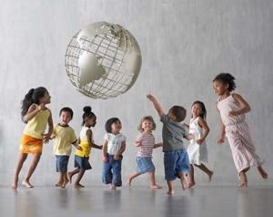 children globe