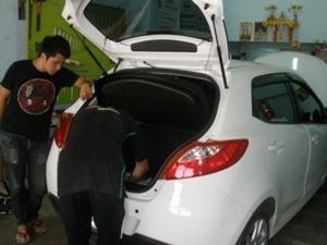 Mazda2 ติดชุดหัวฉีดเดี่ยวVersus