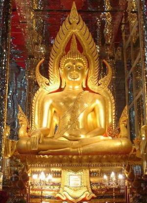 พระพุทธชินราชใน วิหารแก้วร้อยเมตร วัดท่าซุง
