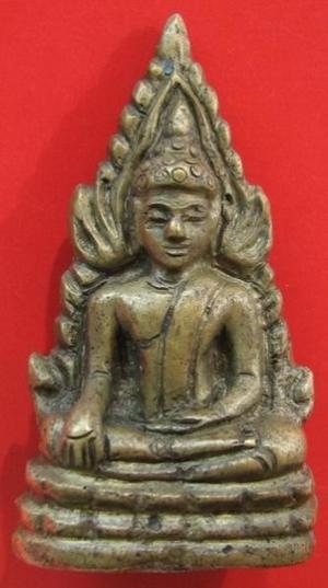 พระพุทธชินราชอินโดจีน แต่งเก่า หน้า