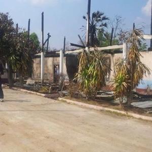 สภาพโรงเรียนบ้านโนนระเวียงที่ถูกไฟไหม้ เมื่อวันที่ 4 ก.พ. 57