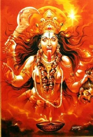 องค์พระแม่มหากาลีที่ชาวฮินดูถือว่าเป็นปางที่ดุร้ายที่สุดของพระอุมา แต่ที่จริงแล้ว ก็เป็นกุศโลบายเพื่อใช้หลอกล่อคนที่คิดทำชั่วให้กลัวการโดนลงโทษแห่งองค
