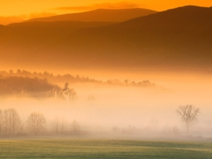 Cades Cove Sun Rise Great Smoky Mountains   Tennessee