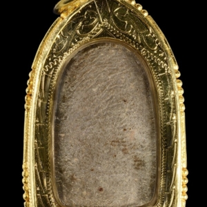 พระพิมพ์ซุ้มแหลม เนื้อว่าน พ.ศ. 2459 หลวงปู่บุญ วัดกลางบางแก้ว นครปฐม